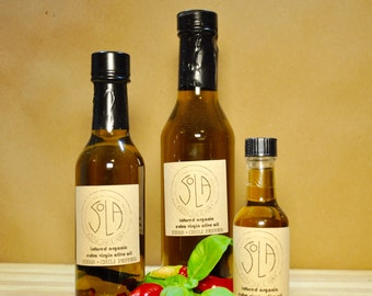 ORGANIC OLIVE OIL: infused with chili pepper and mixed herbs