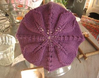 A flower hat / Un bonnet de fleurs