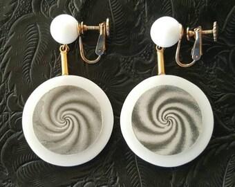 Psychedelic earrings