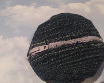 circular coin-purse
