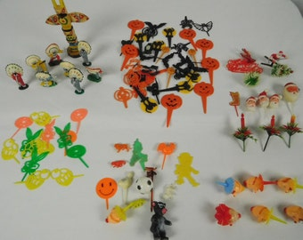 Vintage Plastic Easter Halloween Christmas Mixed Clowns Picks Cake Cupcake Toppers Decorations Lot of 92