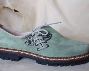 original Tyrolean Apple green suede shoe and rubber-soled suede beige