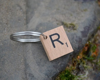 Scrabble letter dog tag - R
