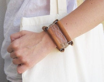 Eco friendly bracelet - Cuff bracelet - Recycled organic bracelet - Friendship bracelet - egst - europeanstreeteam