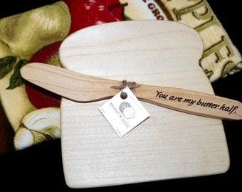 cheese board,spreader, butter spreader, knife, wooden spreader, cutting board, toast, bread, wedding favor, gift, kitchen, decor, utensil