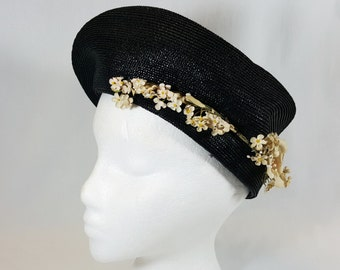 1950s Black Hat/Tam/Beret With Cream Off White Flowers designed by Guge Brothers. Perfect for church, brunch or cruise.