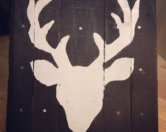 Buck Head Pallet Sign
