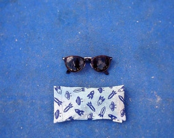Glasses case SPACE/SPACE case of sunglasses