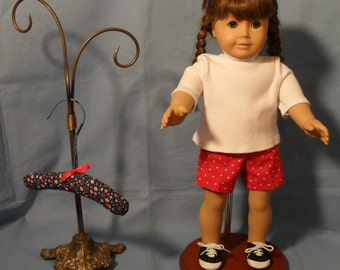 18 Inch Girl Doll T-Shirt and Shorts Outfit