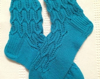 EUR Size 42 / US 9 / UK 8.5 / Handknitted Warm Wool Socks, Blue, Lace Knit