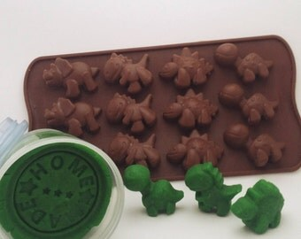 1 x Natural Homemade Play Dough with free animal/dinosaur mould-Great Birthday Party Favour Gift, Playdough, Treat Bag Gift
