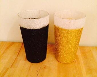 Glittered pint glass