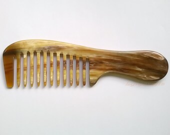 Curly-wavy hair Buffalo Horn Comb. Smooth wide gap tooth. Perfect for curly long thick hair. Handmade in Vietnam [CB-003]
