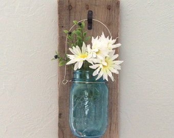 READY TO SHIP - Rustic Mason Jar Wall Sconce - Wooden Wall Sconce - Mason Jar Decor - Mason Jar Wall vase - Hanging Mason Jar