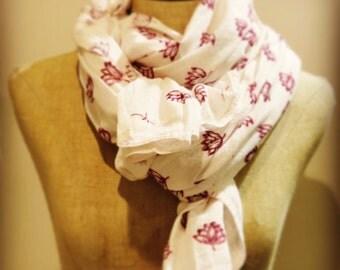Cotton scarf print lotus