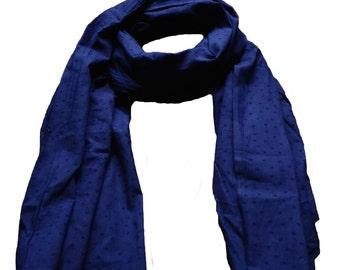 Blue scarf print peas tone on tone
