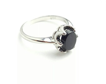 Vintage Sterling Silver Onyx Ring- Size 6