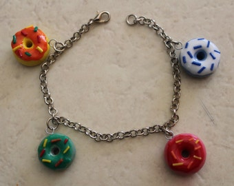 Bracelet in polimer clay (choice between donuts, sweets or candies)