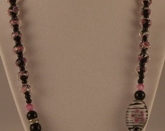 "24"" Black with Pink Glass Beads"