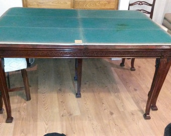 1920s Chippendale Table and Chairs