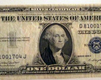 Silver Certificate ------- 1935 H----Error   note--- One US  Dollar - Blue Seal---OFF  CENTER  ---  Error