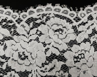 """White Stretch Flat Lace Floral Fabric By The Yard 52""""-59"""" Width Dress Classy Elegant Gown Wedding Flower Flowers"""