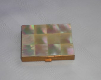 Marhill Mother of Pearl Compact