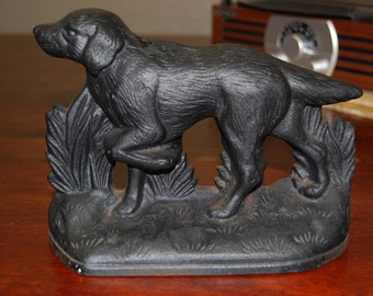 Vintage Black Cast Iron Hunting Dog Doorstop/ Bookend/ Paperweight. Collectibles. Sporting Dog. Single