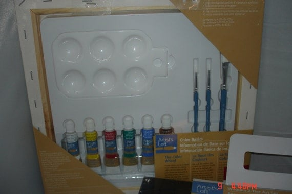 Wood Hardside Art Case With Acrylic Paints Water Color
