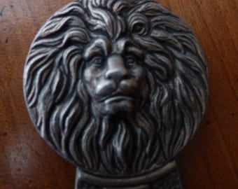 Shoehorn lion vintage