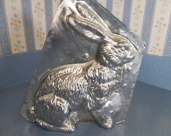 Sitting Rabbit by Eppelsheimer #4746 Vintage Metal Candy Mold