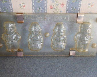 Dutch Boy and Girl Vintage Plastic Candy Mold Sheet of 4