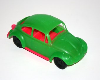 Vintage 1960-70's VOLKSWAGON VW BUG Beetle 7 Inch Long Plastic Toy Car