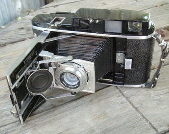 Polaroid 110B 4x5 Camera