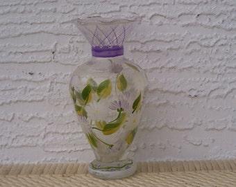 SALE!   Glass Pedestal Vase with White Flower Design
