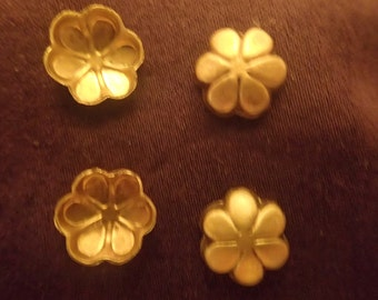 Little Brass Flowers  10 to a bag LBRFL3