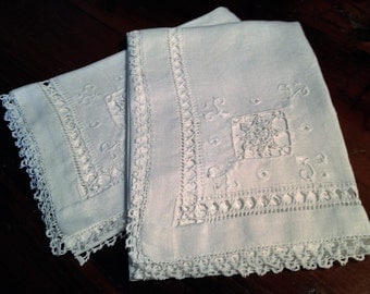 Set of 2 Vintage French Hand Embroidered Powder Room Towels
