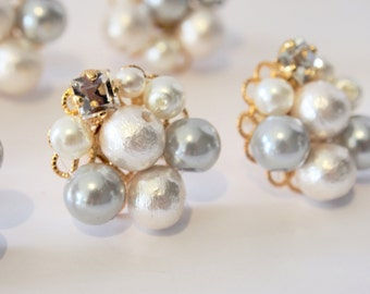Swarovski crystal and cotton pearl flower earrings