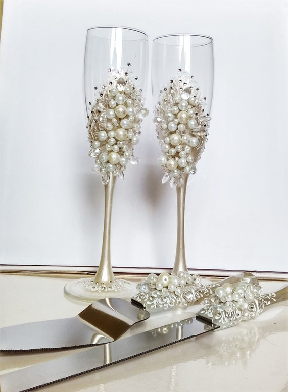Personalized Wedding Flutes And Cake Server By