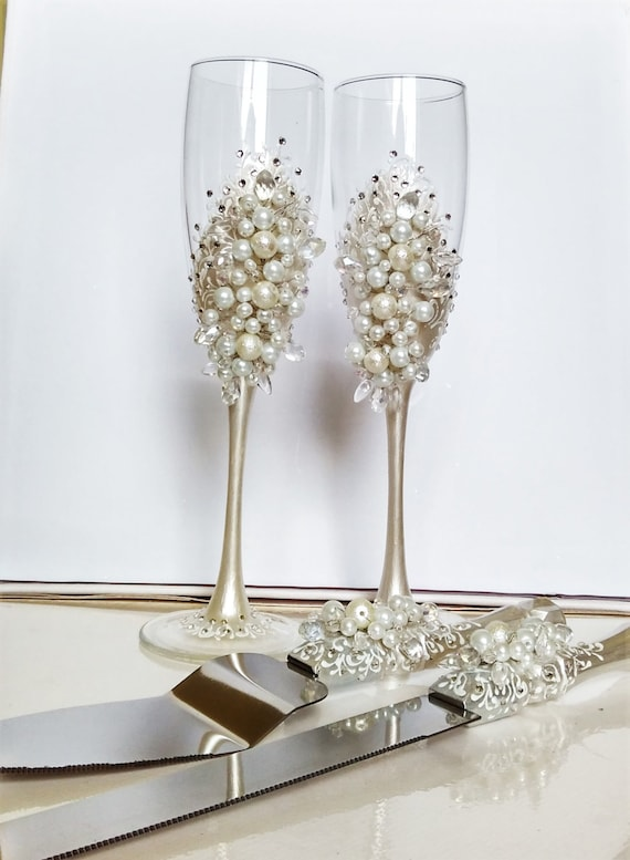 Personalized Wedding Flutes And Cake Server By WeddingArtGallery