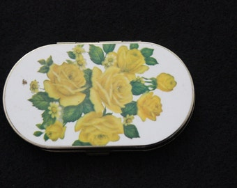 1950s Vintage Yellow Roses compact mirror