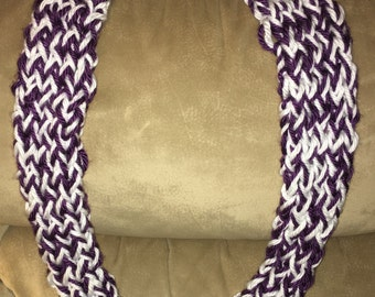 Infinity Scarf Finger Knitted - Violet/White
