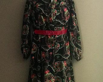 1960's Vintage Black Floral Curvy Size Long Sleeve Day Dress