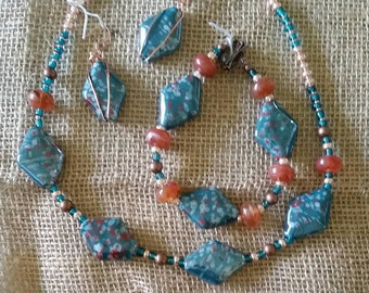 Handmade jewelry set.