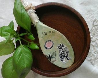 Decoupage wooden spoon~decorative wooden spoon~owl spoon~kitchen decor~wooden spoon~kitchen gift~decoupage~butterfly spoon~owl decor~kitchen