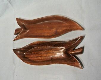 Hale Keoki Monkey Pod Leaf Platters