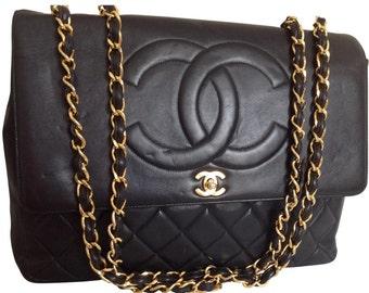 Authentic jumbo Chanel handbag CC logo