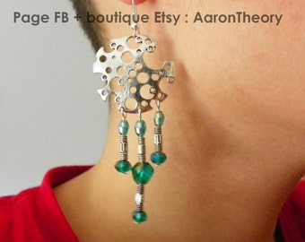 Cyber-ethnic Earrings: task or planet full of craters, you see! futuristic, cybergothique, original