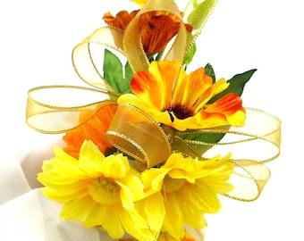Fall Silk Daisy Corsage, Yellow and Orange Daisy Wedding Corsage, Fall Silk Bridal Corsage, Gold Metallic Ribbon, Pin On Shoulder Corsage