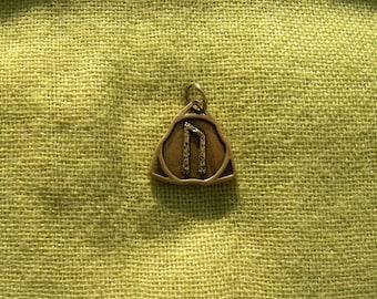 Uruz Rune pendant. Bronze Uruz. Rune. Scandinavian Rune pendant. Viking Nekclace.